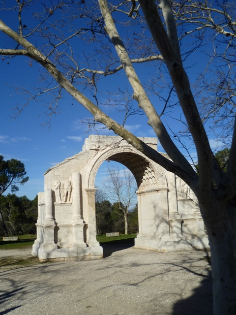 san remy arch landscape