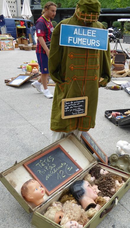mannequin front