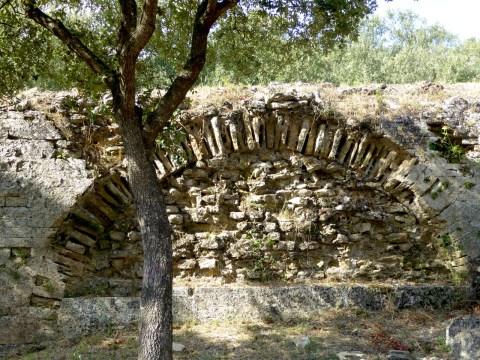 arch-pont-du-gard