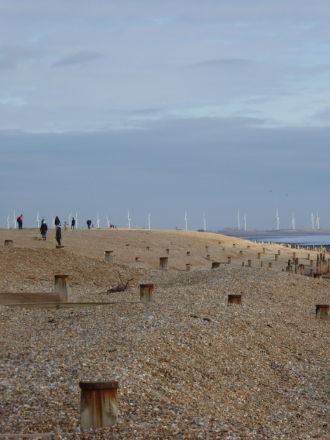 distance-dungeness-wind-turbines