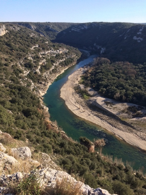 gardon-flowing-east-to-meet-rhone